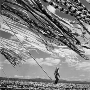 Werner Bischof – Silk drying, Kyoto, Japan 1951