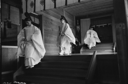 Werner Bischof – Three Shinto priests, Meiji Temple. Kyoto, Japan, 1951