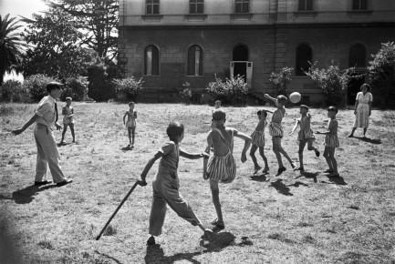 "David ""Chim"" Seymour – Villa Savoia, Rome, Italy 1948"